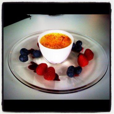 Lækker og let crème brûlée